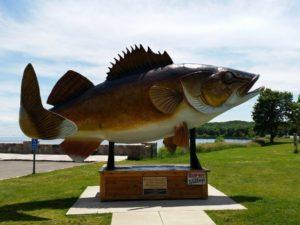 Paul Bunyan's Walleye - Memorable Monuments